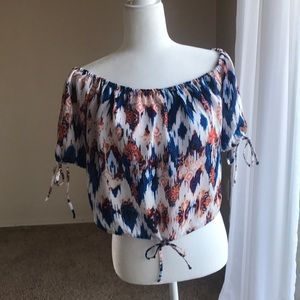 Vicidoll off-the -shoulder top